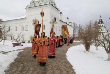 Крестный Ход на Светлой Седмице