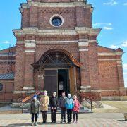 Божественная Литургия в храме села Суворово